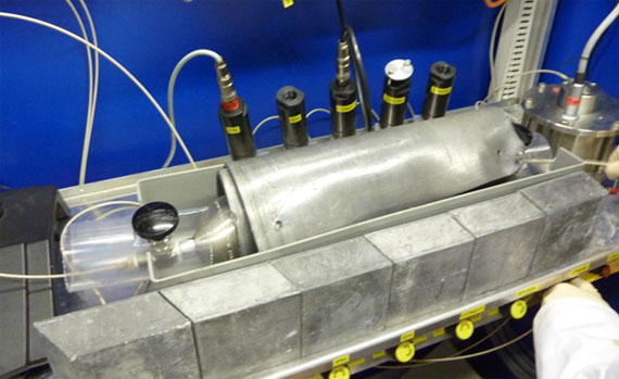 Final destination of the lead-shielded tank in the injection cabinet